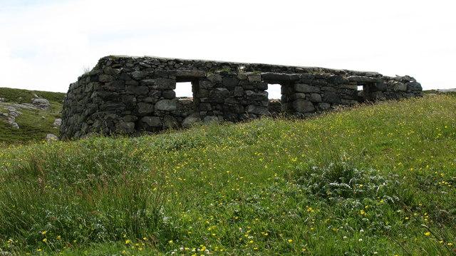 Ruined croft at Rosinish.