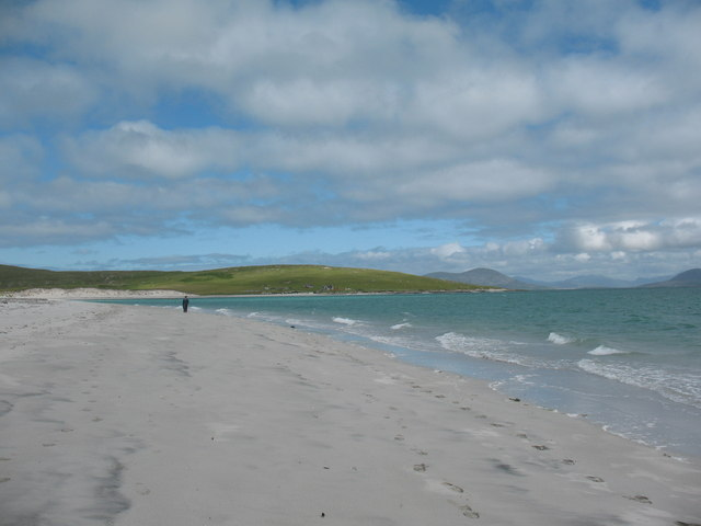 Beach on the eastern side of Berneray.