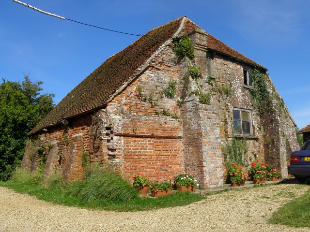 Eighteenth century sea salt boiling house, Creek Cottage, Woodside
