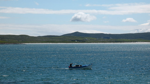 Passing boat - Caolas Bhearnaraigh.