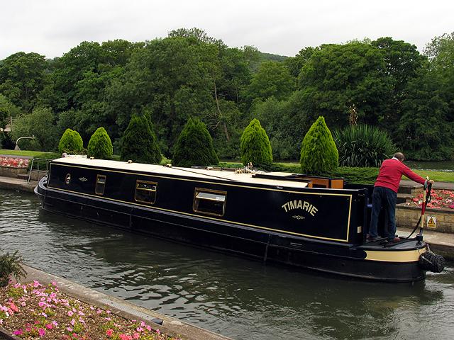 Lock at Boatkeeper's House: Goring