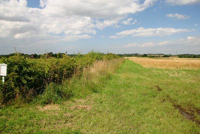 Footpath to Horningtoft