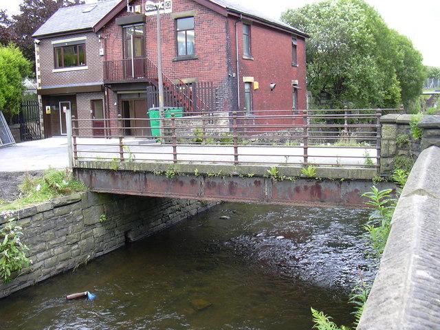 Bridge, Fallbarn