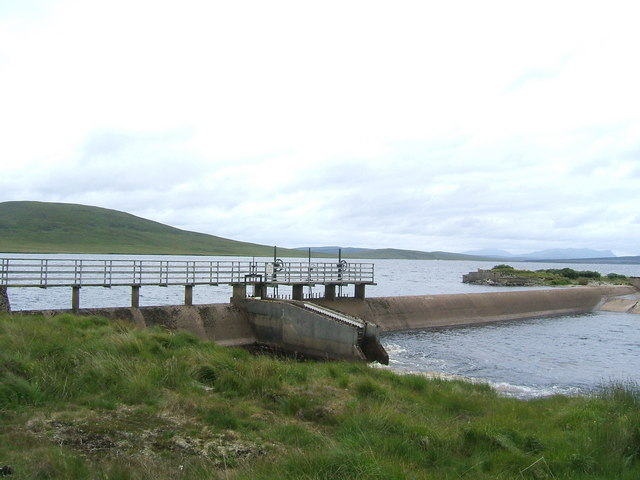 Weir feeding the River Helmsdale from Loch Badanloch