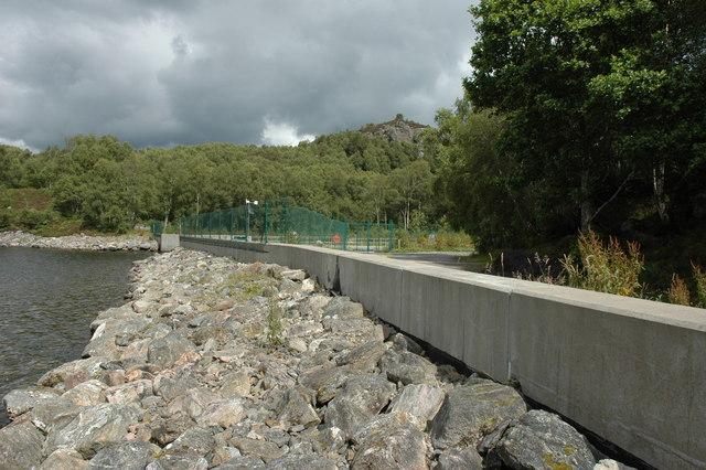 Waterworks at the edge of Loch Duntelchaig