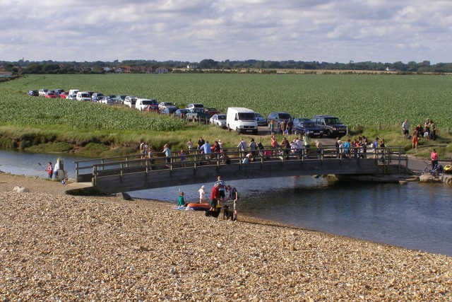 Crabbing on the bridge at the head of Mount Lake, Keyhaven