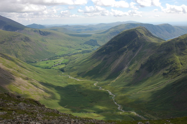 Mosedale from the eastern slopes of Pillar