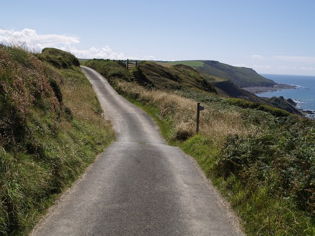 Footpath to Millook leaving lane
