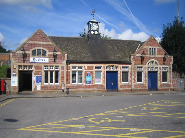 Bushey railway station