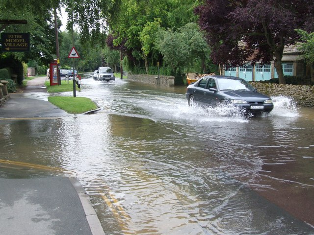 Flooded Rissington Road (2)