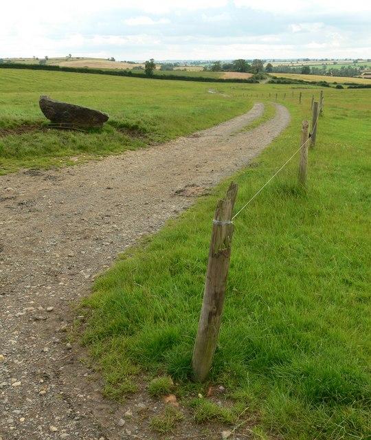 Track to Stonton Wyville