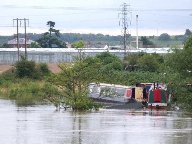 Narrowboats and flotsam