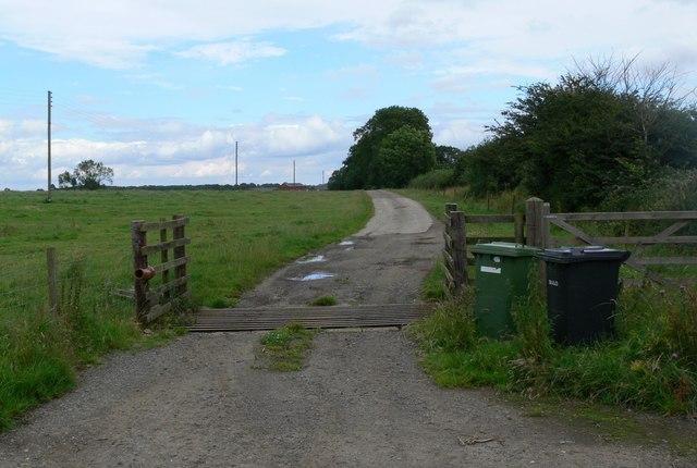 Looking towards Shangton Grange
