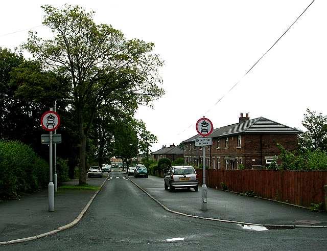 Calverley Avenue