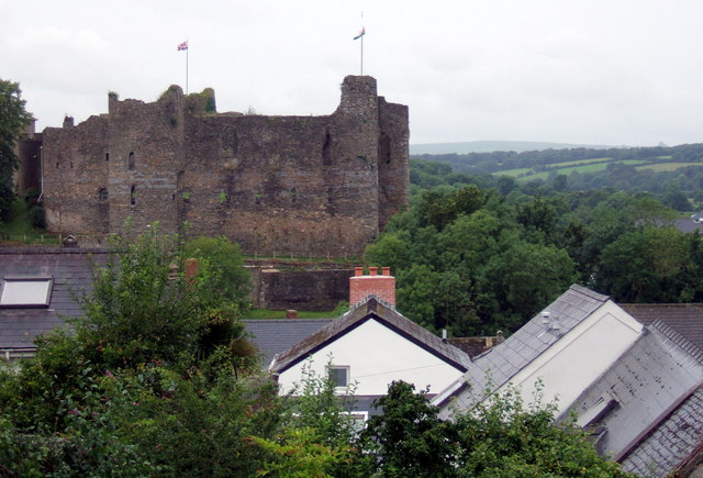 The castle from Hill Lane