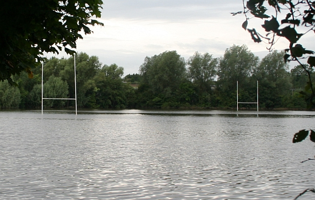 Upton Rugby Pitch - July 2007 Flood