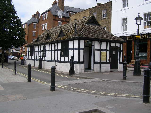 Public Conveniences, Salisbury Street