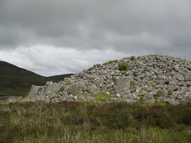 Chambered cairn at Reineabhal.