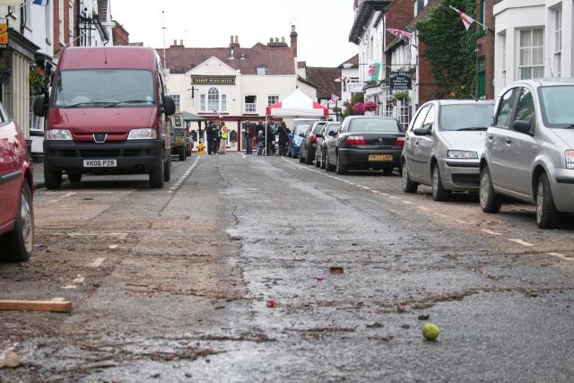 Flood Debris, New Street, Upton-upon-Severn