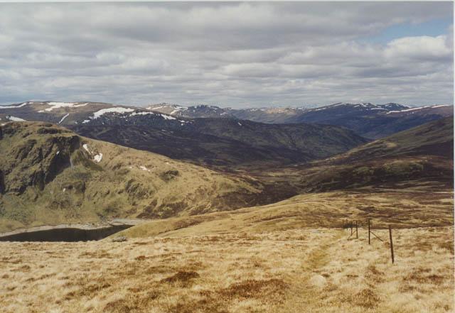Ridge east of Lochan na Lairige
