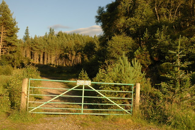 Entrance to forest walks at Littlemill