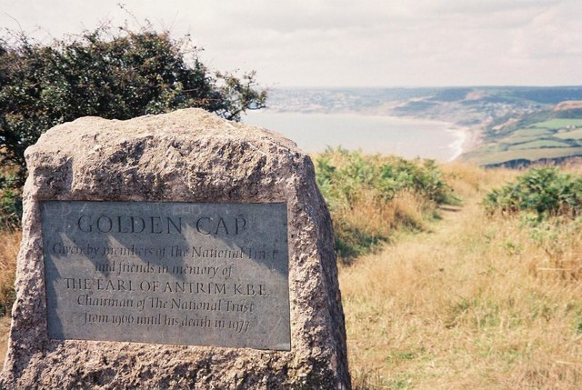 Golden Cap: monument and view