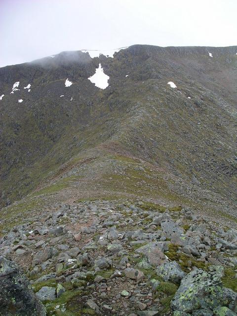 Bealach between Meall a' Bhuiridh and Creise