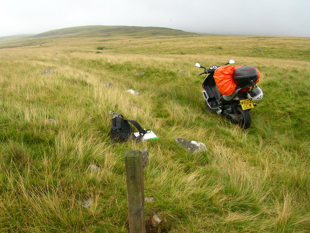 Bridleway to Whit Crags
