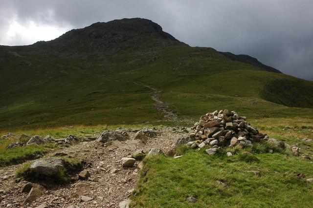 Path ascending Bow Fell