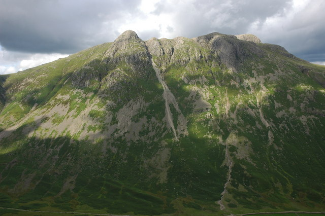 The Langdale Pikes viewed from The Band