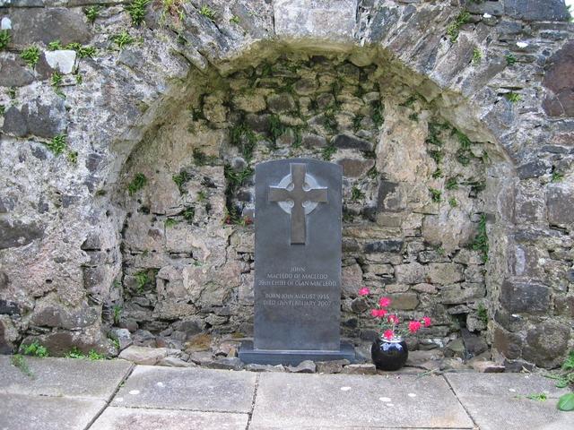 Grave of John Macleod of Macleod