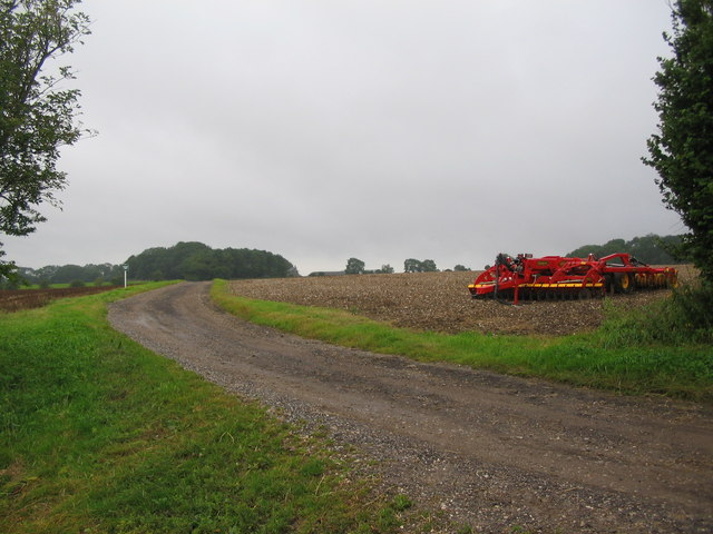 Private road to Keysley Farm