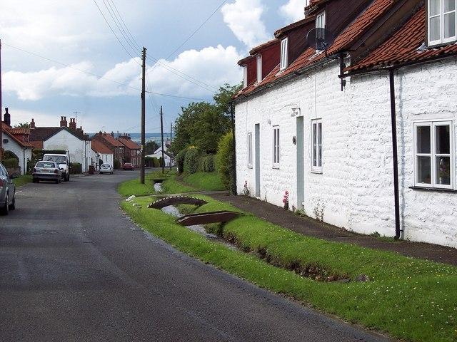 Village Street, Ganton