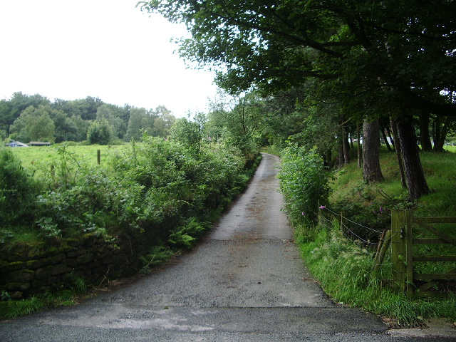 The road to Millstone Edge