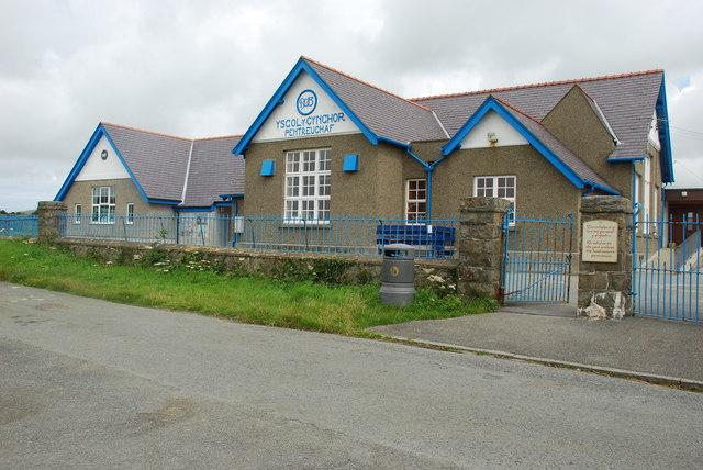 Ysgol Gynradd Pentreuchaf Primary School