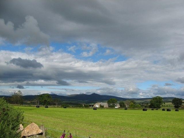 Toward Bennachie