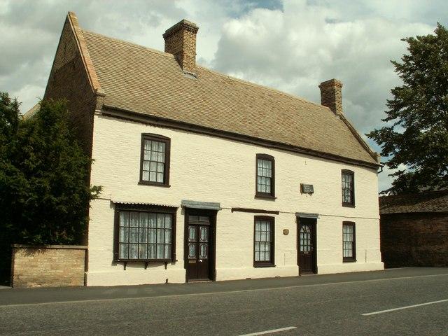 Sundial House in Soham