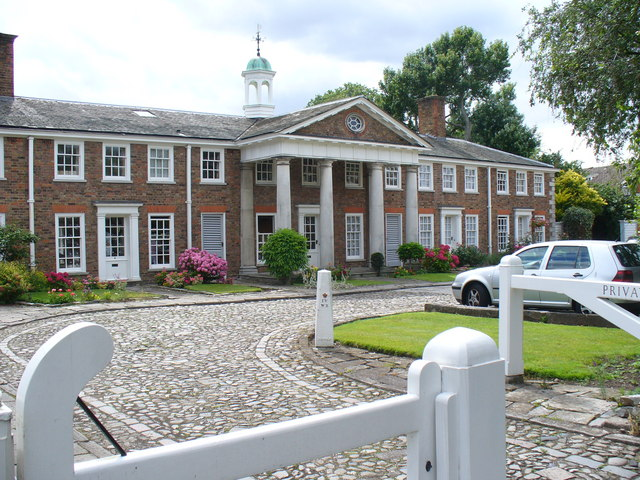 Old Palace Yard