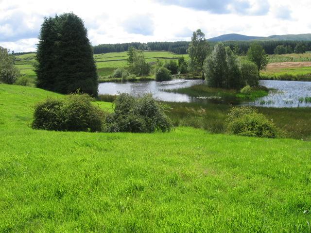 Pond near Easter Earshaig