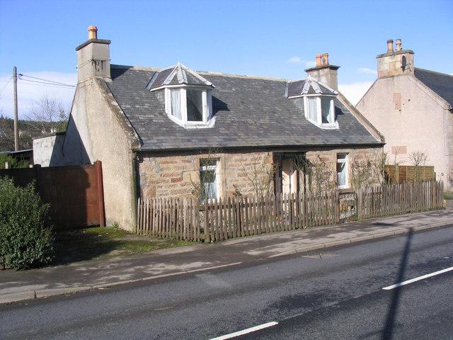 Uitenhage Cottage, Alness