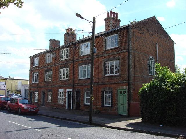 3 storey Weavers' Cottages