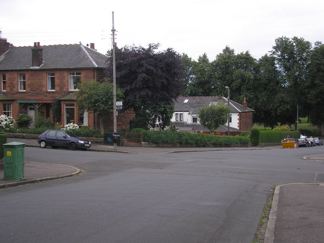 Essex Drive and Airthrey Avenue