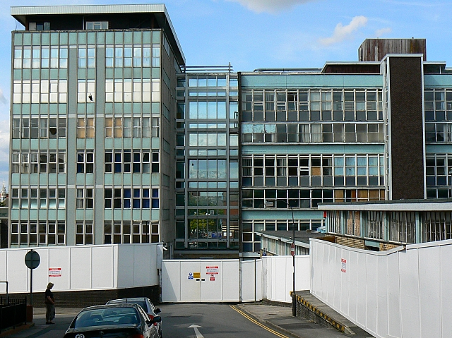 Former Swindon College, Regent Circus, Swindon