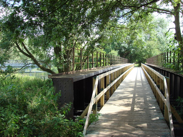 Footpath over an old railway bridge at Rodbridge