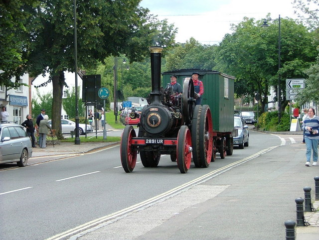 Steam traction engine in Wendover