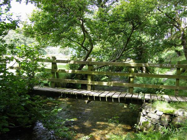 Footbridge over Mill Beck