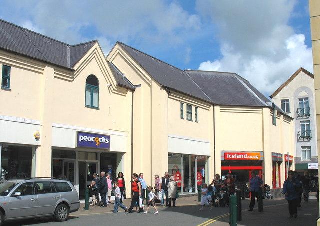Saturday morning shoppers in Penllyn