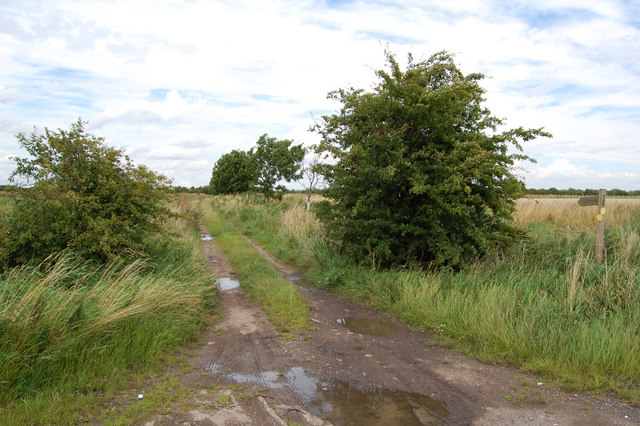 Public Footpath to the Ouse Bank