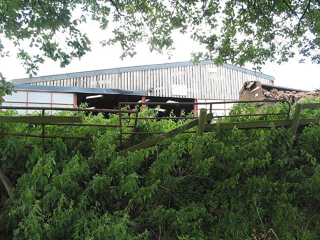 Farm buildings, Lawns Farm, Penyard Hill