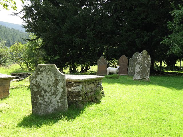 Cascob churchyard